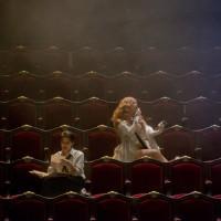 Barcarole: Kate Aldrich (Nicklausse) et Sophie Koch (Giulietta). Foto: Ian Patrick