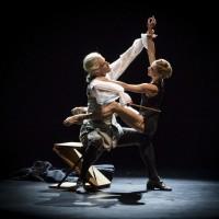 Multiplicity Forms of Silence and Emptiness; Koreografi: Nacho Duato; OLE WILLY FALKHAUGEN; EMMA LIOYD. Photo: Erik Berg