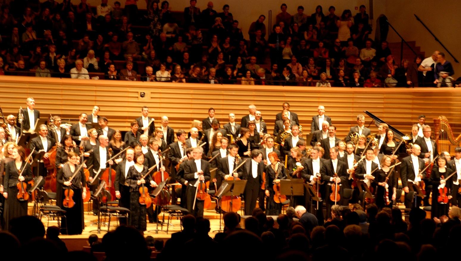 Los Angeles Philharmonic Orchestra The Battlestar Galactica Original Soundtrack