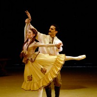 Nino Gogua and Vasil Akhmeteli in Act 1 of From Siberia to Moscow. Foto Georgian National Ballet, Tblisi.
