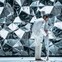 Black Diamonds med Dansk Danseteater. danses i Bærum Kulturhus 8. November  2014 kl. 19.30.