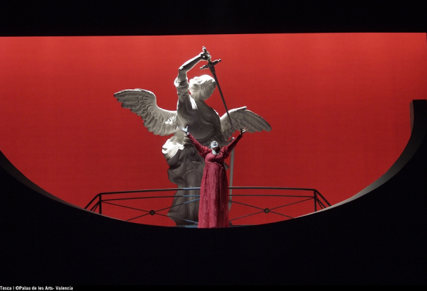Tosca in Nivember 2015. Foto: Opera de Monte Carlo