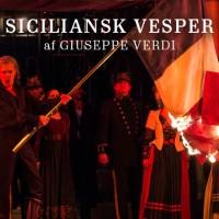 Stefan Herheims og Guiseppe Verdis opera Siciliansk Vesper har premiere i København i kveld 16. Mai. Dette er en co produksjon med Covent Garden Operaen i London.