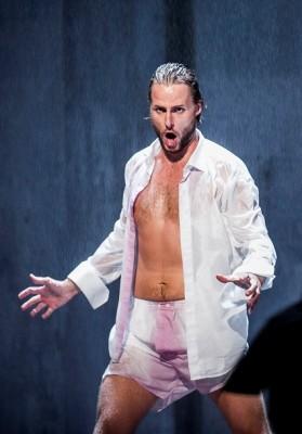 Björn Bürger som Don Giovanni i siste akt. Foto Jörg Wiesner