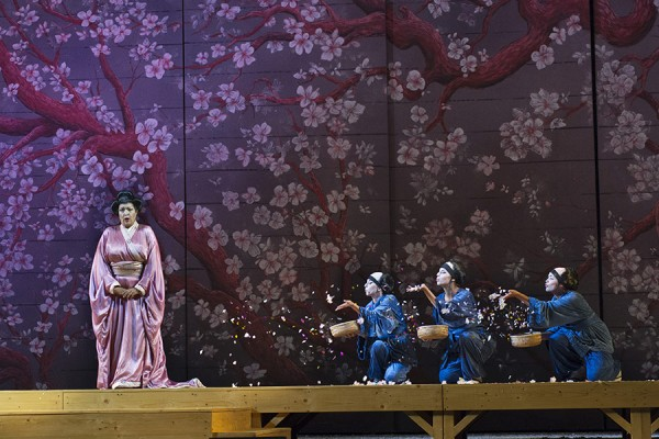 Madama Butterfly, Brioli (flowers scene), Foto Puccini Festival.