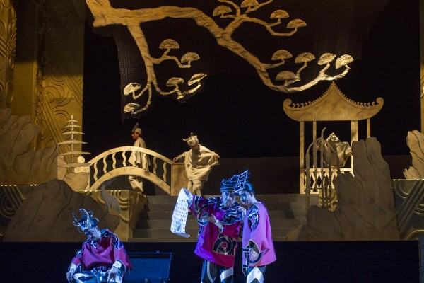Turandot. three masks and their double- 2nd act. Foto Puccini Festival