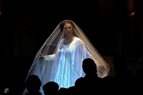Turandot.  Casolla (Turandot) Foto: Luca Ramacciotti