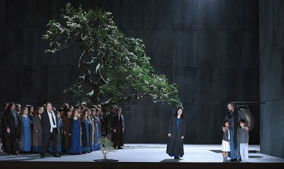 Maria Agresta in Norma by Vincenzo Bellini, at Theatre des Champs Elysees, foto Vincent Pontet