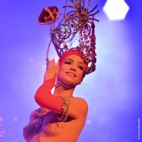 Delicious costumes and outfits at Lido. Foto Pascaline-LABARRERE