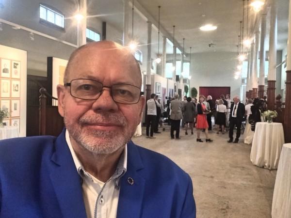 Kulturkompassets redaktør  Henning Høholt på pressevisning