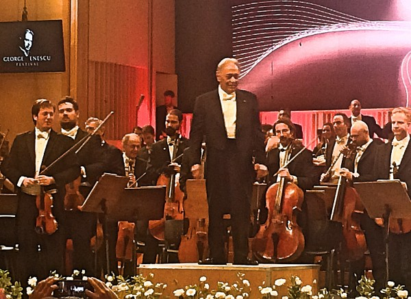Zubin Mehta receiving ovations after his and Israel Philharmonic Orchestras successfully Sinfonia Domestica by Richard Strauss.